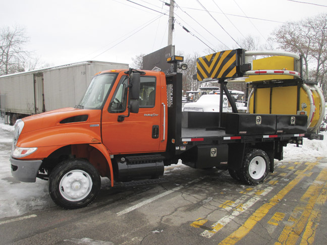 2009 International 4300 with Scorpion Attenuator