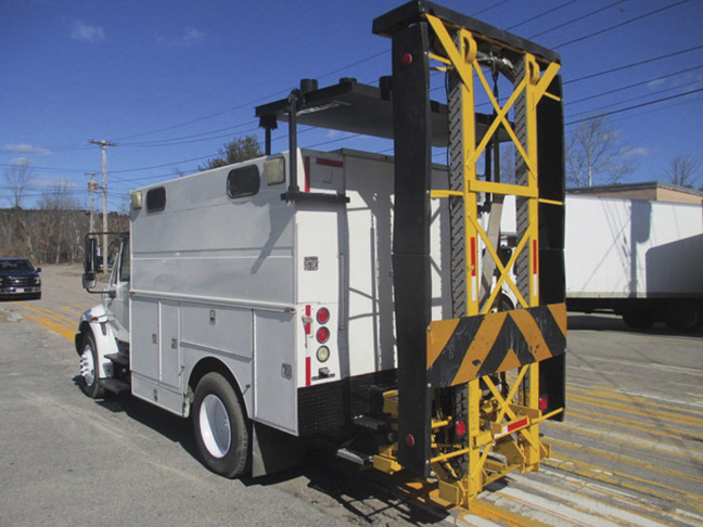 2003 International 4300 Service Truck