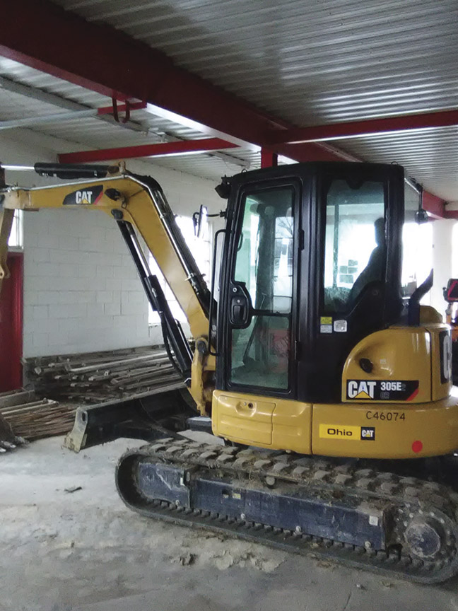 2016 - 305E2CR  Mini Excavator