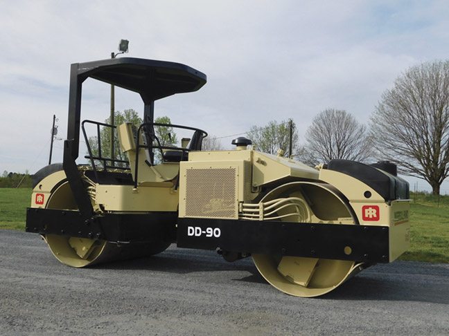 """2001 Ingersoll Rand DD90 double drum 66"""" vibratory roller"""