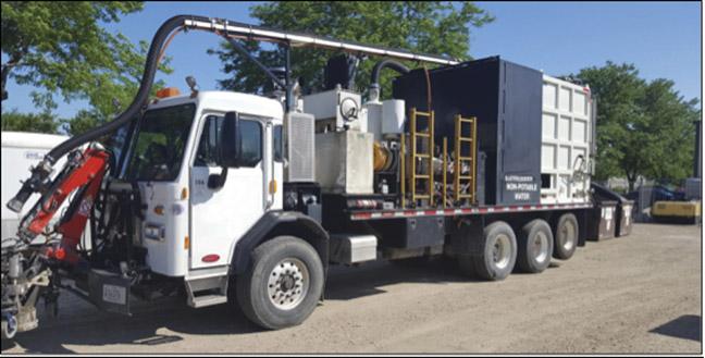 2016 Peterbilt Liquidator Water Blaster Truck