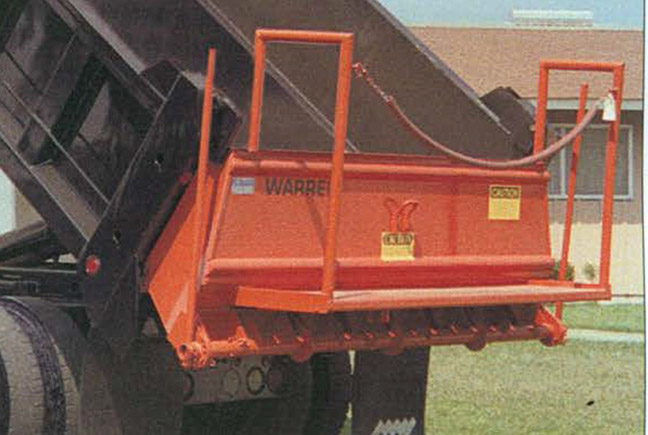 New Warren aggregate tailgate spreader