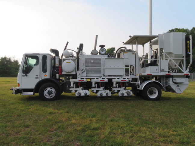 2010 Condor MRL 6 Box Grinder Truck